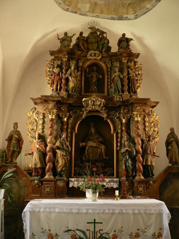 katolicky_kostol_(13).jpg