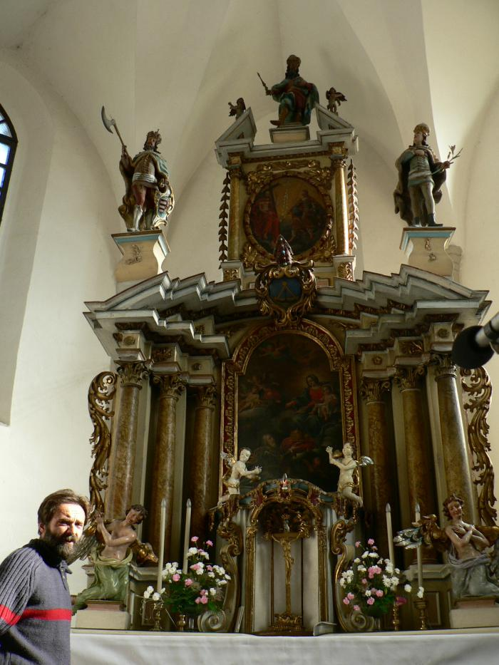 katolicky_kostol_(14).jpg