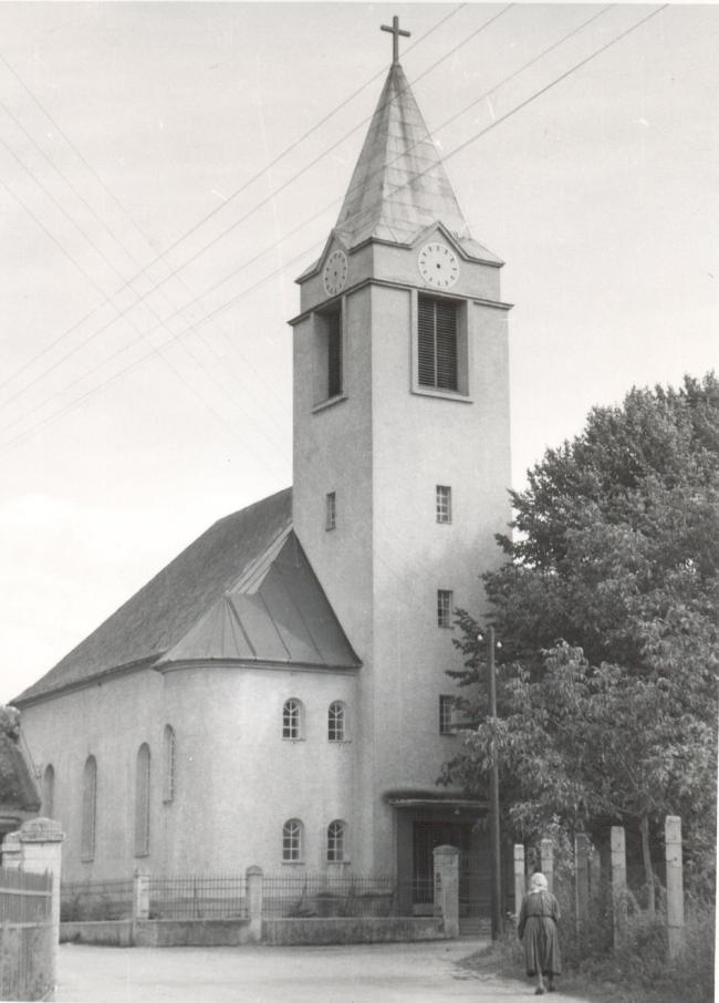 kostol_1945.jpg