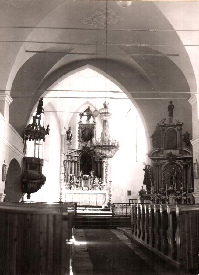 opraveny_kostol_-_kopia.jpg